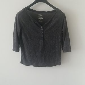 2/25$ American Eagle Button Up T Shirt